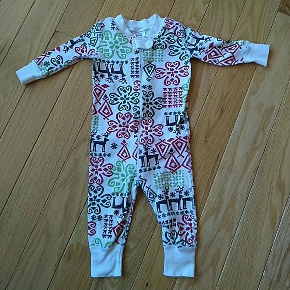Hanna Andersson sleeper pajamas - 60 or 6-9 months.  M 5a7726893b1608f2af539be0 dd5bb1910